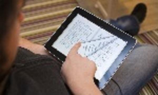 2014-01-31 - Vi frågar om begränsning av utlåning av e-böcker - Forskning visar att tillgången på böcker är betydelsefullt för elevers framgång i skolan. Varför begränsa elevernas möjligheter till att läsa e-böcker?