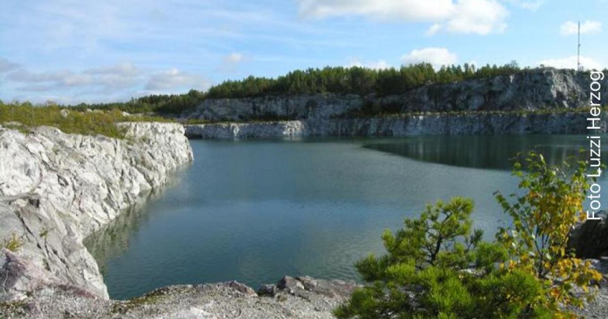 Yttrande rörande  verksamheter i Stora Vika kalkbrott Stora Vikas unika miljö kan bli en av de största attraktionerna i vår kommun. I stället planeras en soptipp.