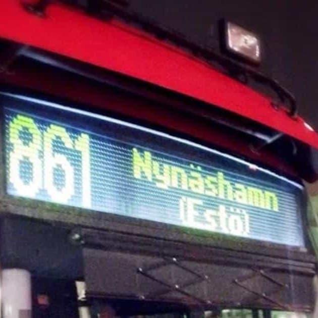2016-04-04 - Yttrande över remiss om förändringar i busstrafiken i vår kommun - Vi har svårt att se att indragning av busslinjer, fler byten och lägre turtäthet, skulle kunna öka antalet resenärer inom kollektivtrafiken och fler nöjdare kunder