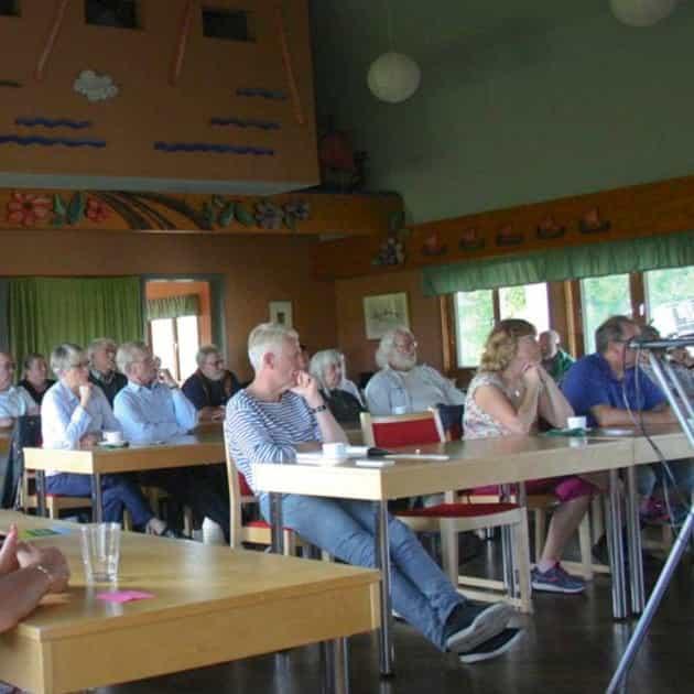 2016-09-12 - Möte om kommundelning hölls i Sorunda - Intresserade sorundabor slog sig ned för att höra vad saken gäller.