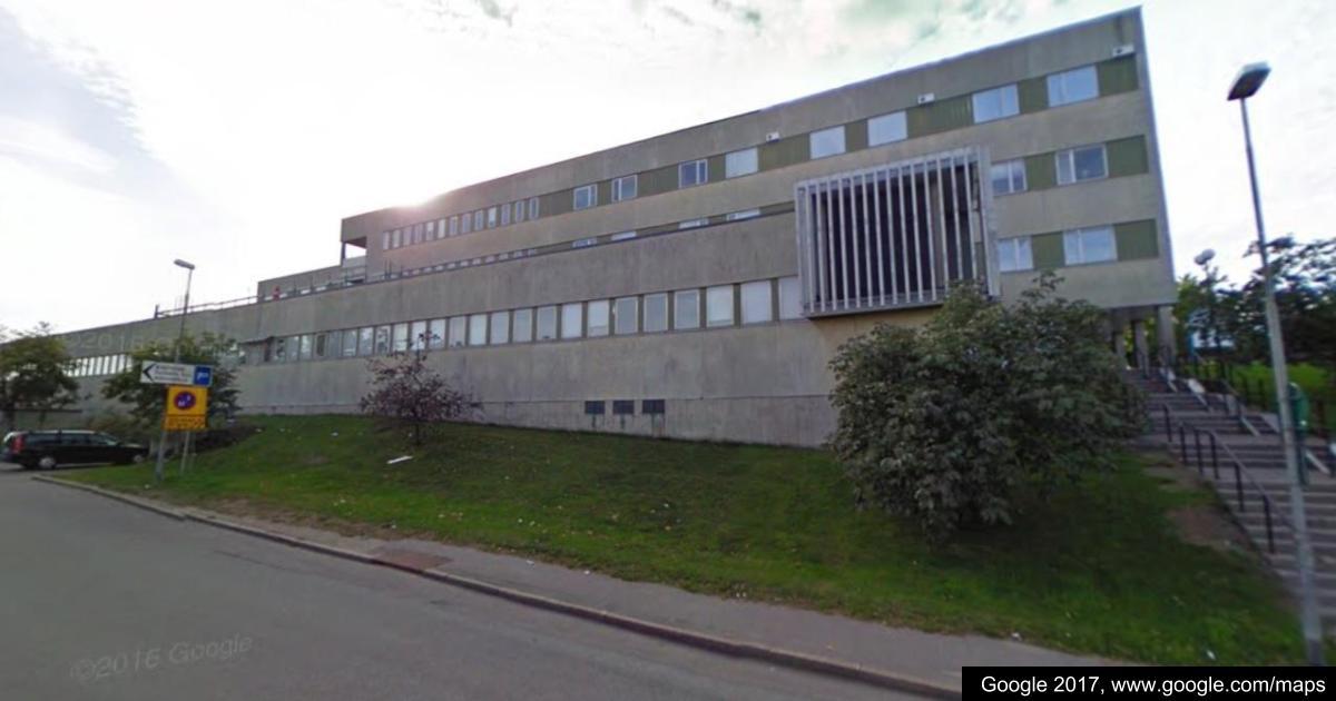 """2017-06-04 - Frågor om ekonomin rörande """"sjukhuset"""" m.fl. - Hur lång tid har vår kommun förbundit sig att garantera hyran för de utrymmen som inte hyrs ut?"""