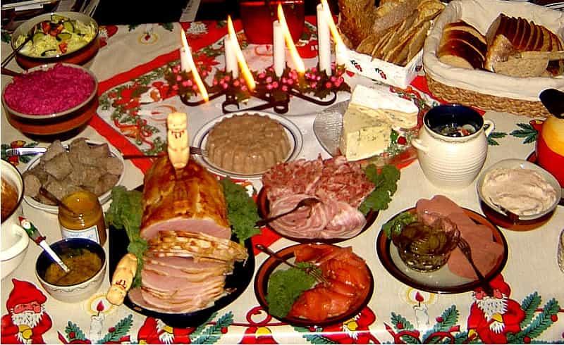2019-11-01 - Interpellation om julbord för medarbetare - Finns det gemensamma riktlinjer för alla inbjudna när det gäller julbord?