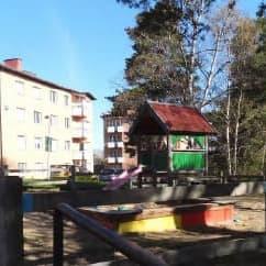 """2021-02-09 - Motion om belysning på lekplatsen """"Höjden"""" - Vi föreslår att vår kommun sätter upp belysning på lekplatsen """"Höjden"""""""