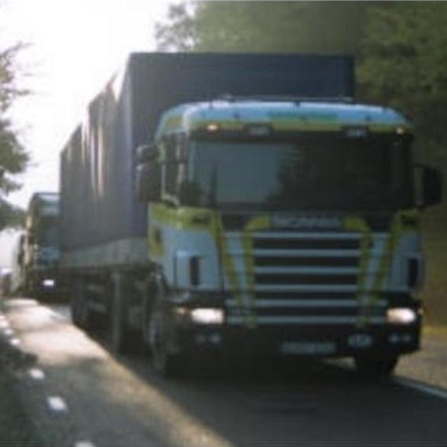 2007-03-11 - Vår kommunledning har fel visar vår räkning av lastbilar på väg 225 - Påståendet att lastbilstransporterna från Baltikum kör väg 73 mot Stockholm är fel. Vår trafikräkning visar att de kör väg 225 mot Norge via Södertälje!
